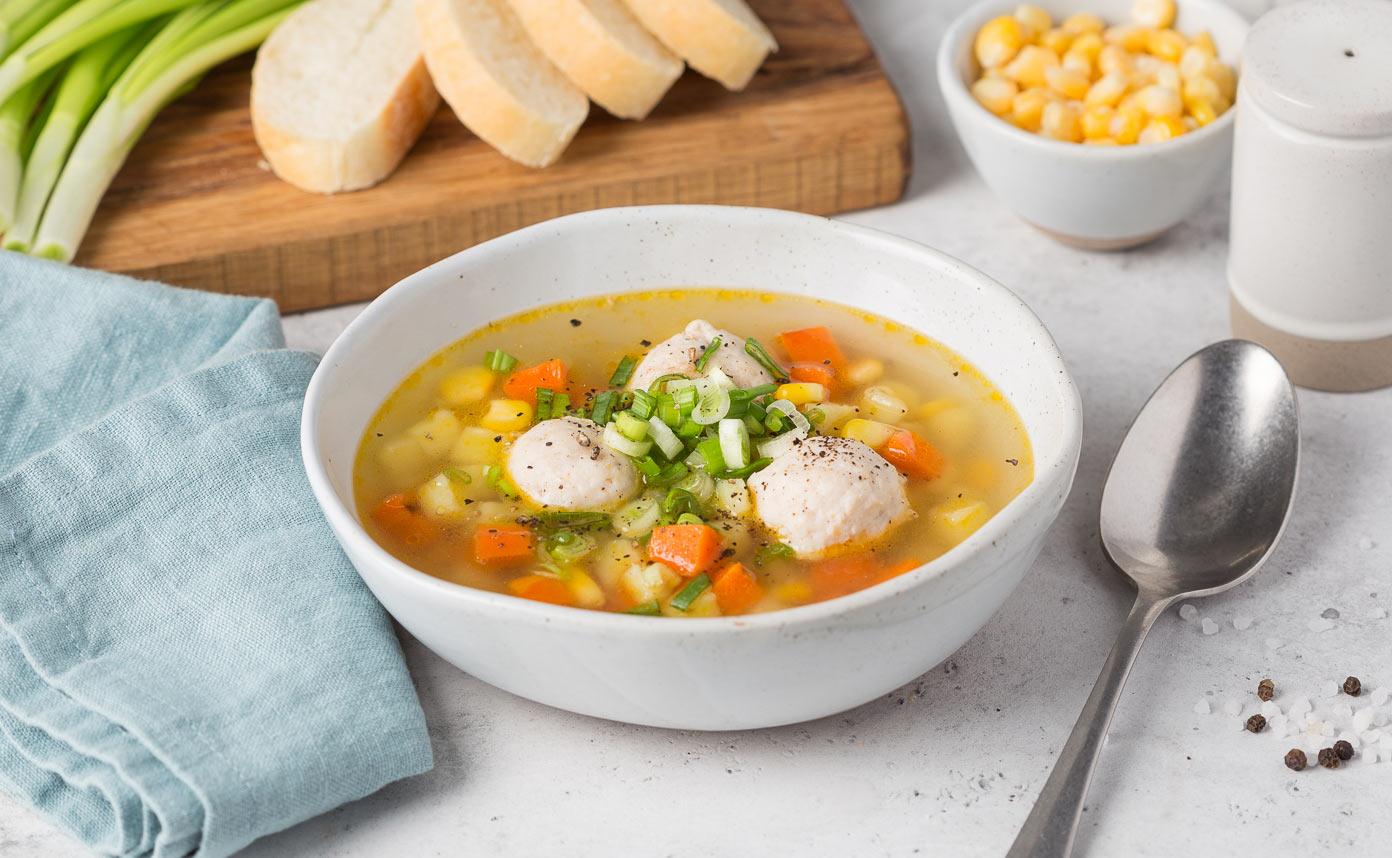 Суп с домашними фрикадельками