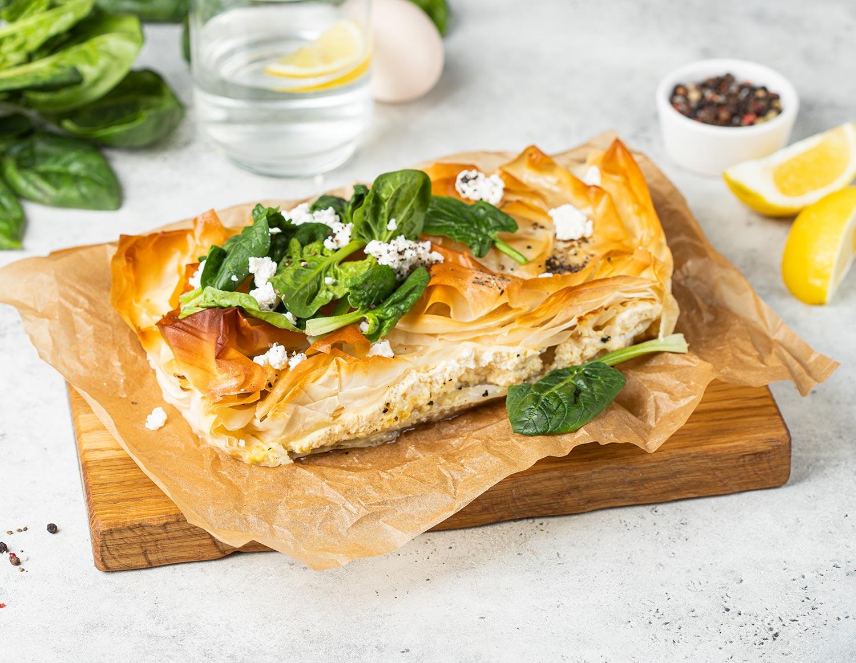 Греческий рыбный пирог